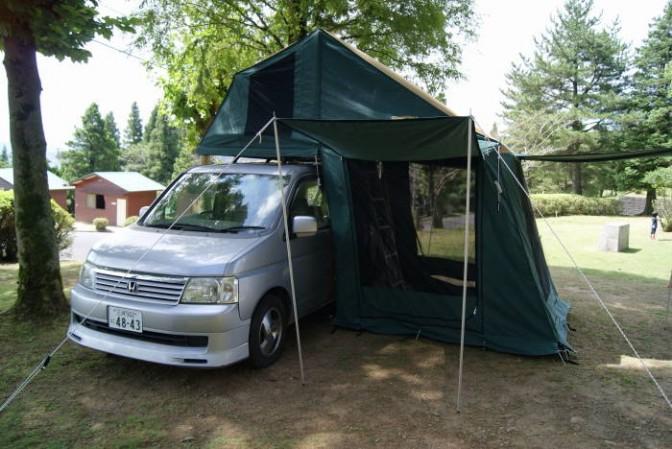 オートキャンプ用ルーフテント