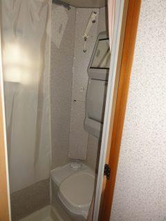 トイレ&シャワー室