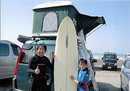 サーフィンでルーフテント